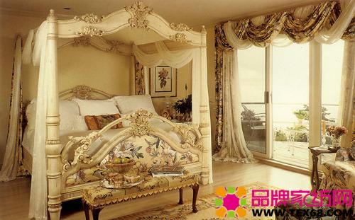 欧式布艺窗帘作为西方文化的,与生俱来的高贵气质,强烈的视觉冲击,或