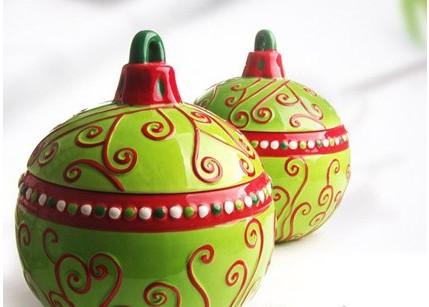 家居装饰手绘风潮 陶艺花瓶推荐