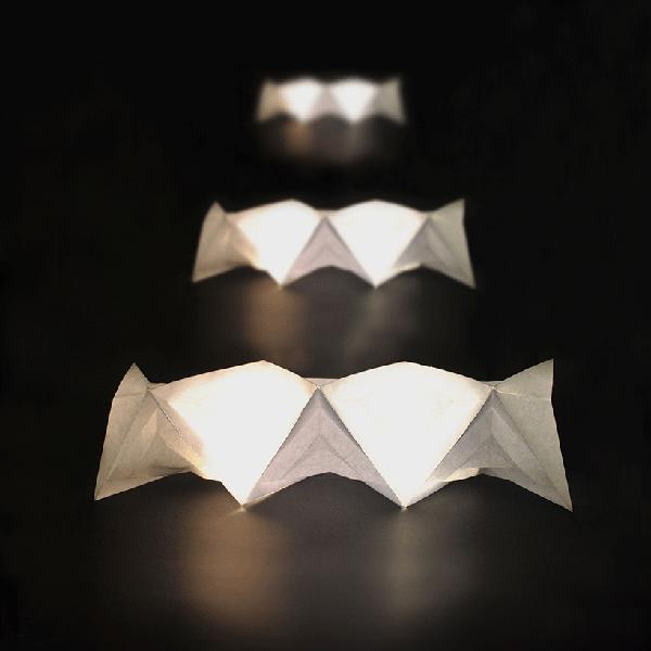 绿色便携折纸灯具设计