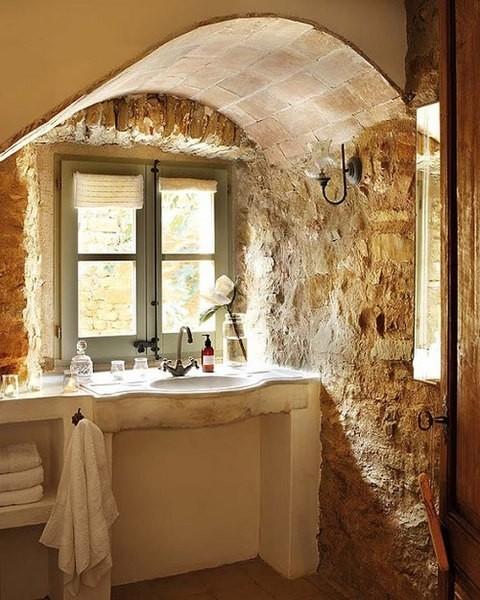 原石浴室(2)    石头在中国古代就被
