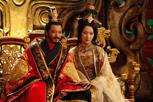 王宝强、张翰、陈昊等联袂主演的电视剧《隋唐演义》自开播以来屡