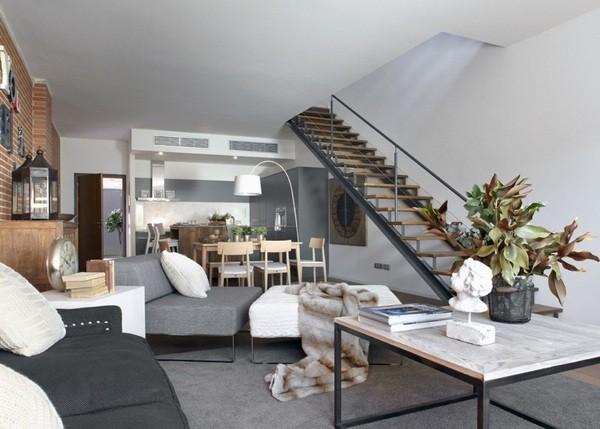 利用楼层区分不同的空间属性,采取开放式无隔间的设计,一层楼就是一间