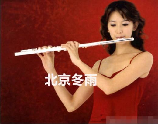 林志玲早年玩乐器写真曝光 - 家纺资讯 - 中华家