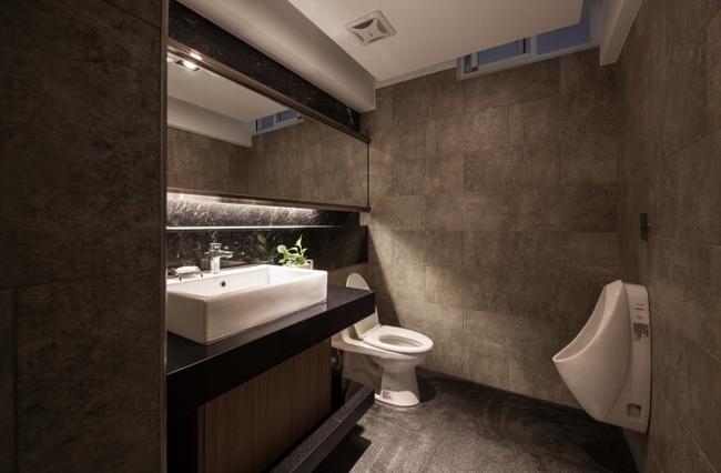 > 台湾高雄oliver室内设计办公室         这个办公室设计适合微小型