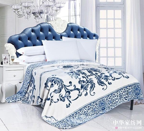 """雨兰""""韵染青瓷""""云毯蕴含古典青瓷文化"""