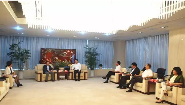 中国家纺协会赴江苏悦达集团参观学习