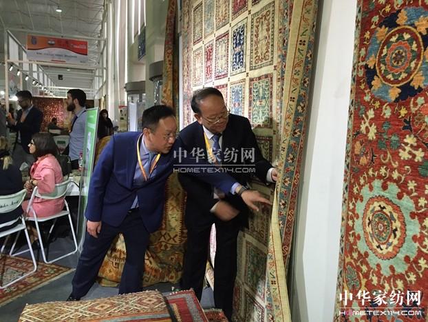 一条藏毯产业架起世界文化桥梁