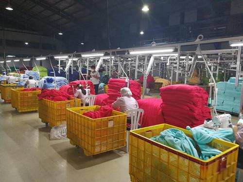 中国家纺代表团访问印尼最大毛巾企业