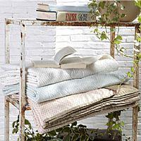 宜庭家纺羽绒盖毯产品图片展示