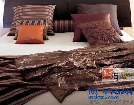 布艺家居床上用品-布艺家品改变家居装饰风貌图片