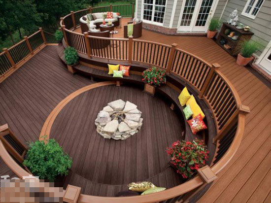 阳台用木地板效果图 阳台铺木地板效果图 阳台木地板砖效高清图片
